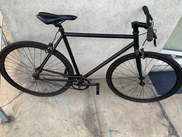 Fixed gear(ostre koło) + freewheel (wolnobieg)