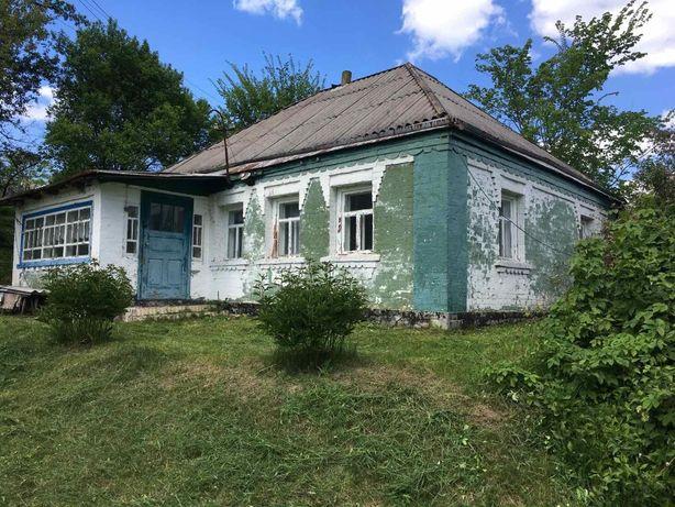 Продам житловий будинок з надвірними спорудами