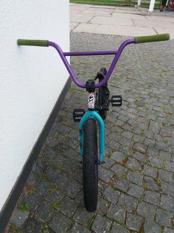 Продається  BMX є фрикостер