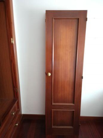 4 portas de roupeiro de parede