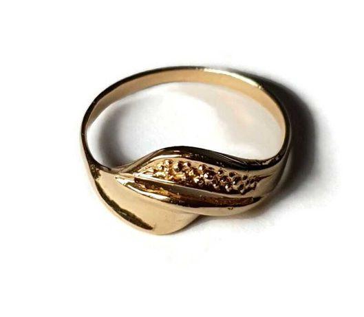 złoto pierścionek 1,99g 585 rozmiar 14 h9