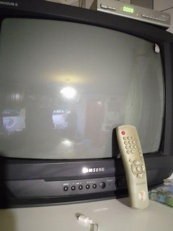 Телевізор Samsung.