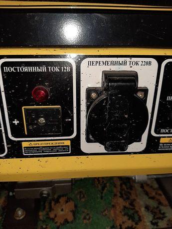 Бензиновый генератор Кентавр кбг089
