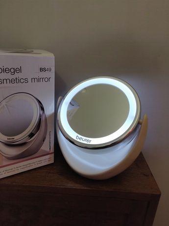 Косметическое зеркало с подсветкой Beurer BS49