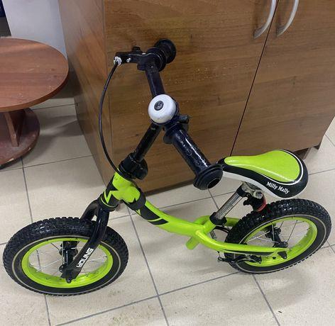 Велосипед беговел milli mally young