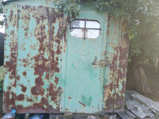 Дачный домик, бытовка, вагончик.