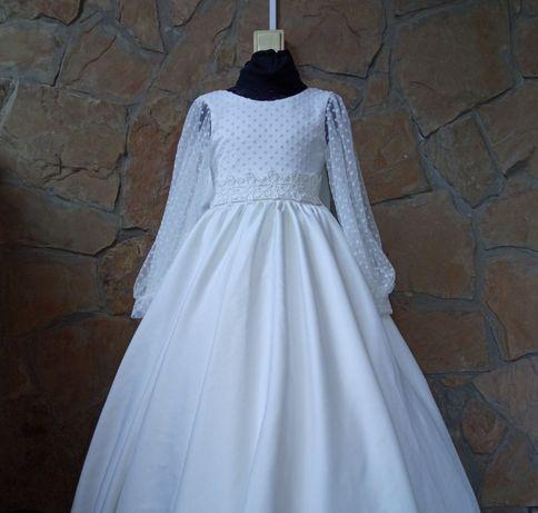 Платье для девочки белое 116-122 пышное нарядное на утренник