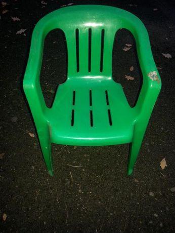 Krzesełko dla dziecka plastikowe - sprzedam