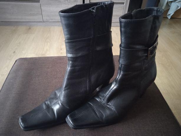 Buty skóra czarne 38 / zamszowe zielone 37