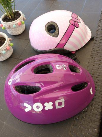 Vendo 2 capacetes de criança