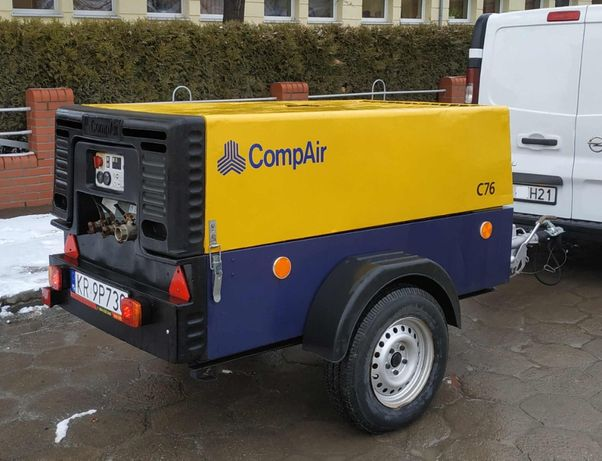 Kompresor Śrubowy Sprężarka CompAir C76 Stan BDB Zarejestrowany