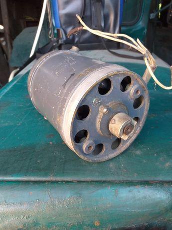 Продам електродвигун мун 2