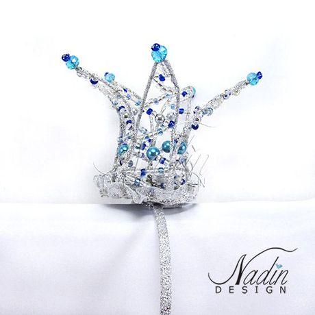 Корона из бисера на ободке украшение на голову