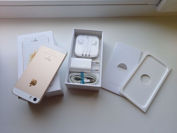 Продам Apple iPhone SE Gold 128GB.