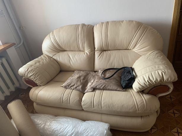 Бу кожаный диван