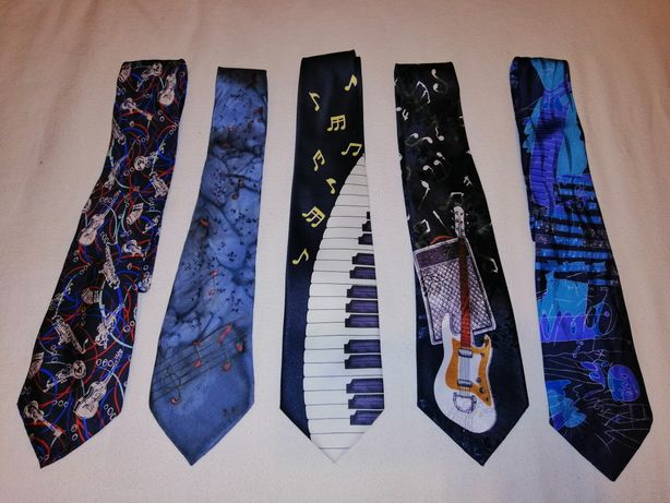 Krawaty motyw muzyczny Gitara Elektryczna Pianino Nuty saksofon trąbka