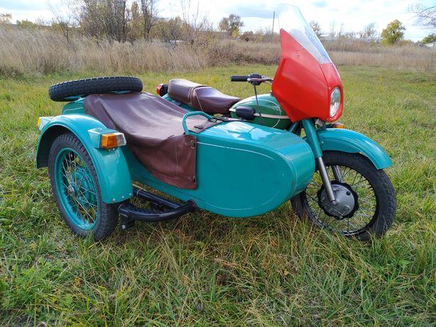 Продам мотоцикл Урал с коляской