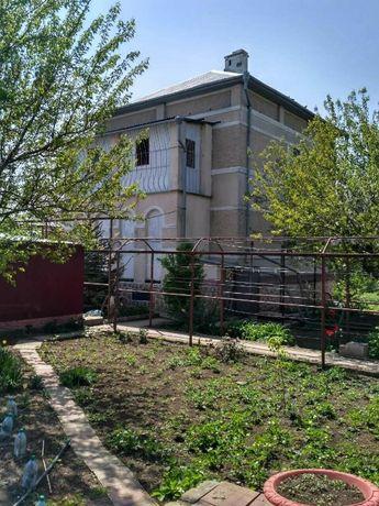 продам дом 2 этажа, котельная и мастерская, под ремонт.