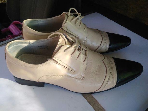 Туфли мужские кожаные брендовые.