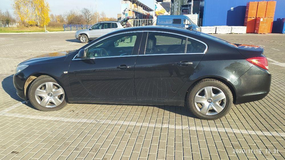 Автомобіль Opel Insignia Червоноград - изображение 1