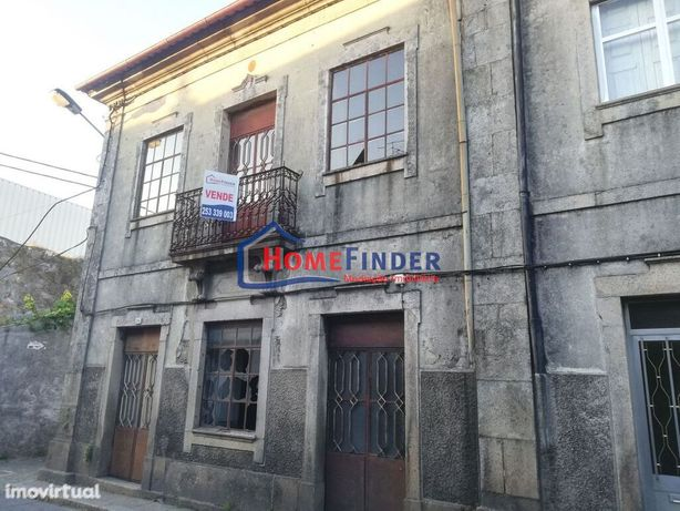 Prédio para Restauro - Real (Braga)