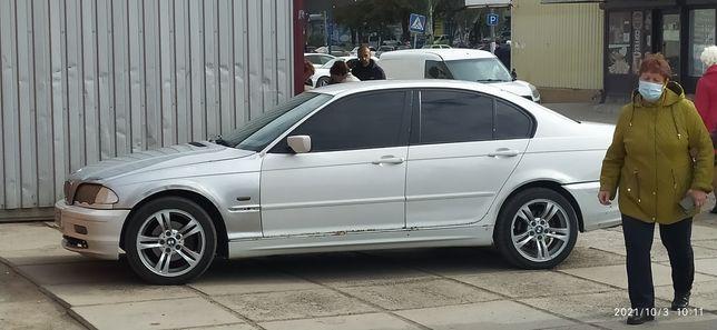 BMW 320d дизель 2.0 литра
