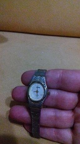 Relógio Senhora muito antigo comprado numa relojoaria