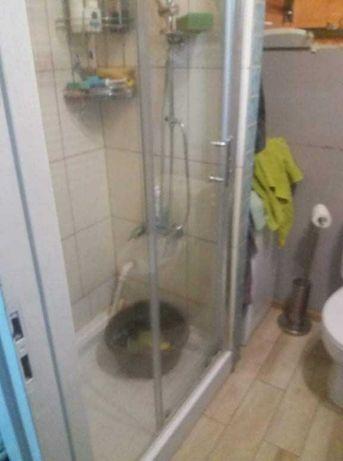 Kabina prysznicowa plus brodzik