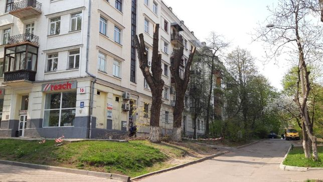 Продаж 3к квартири сталінка Повітрофлотський 16