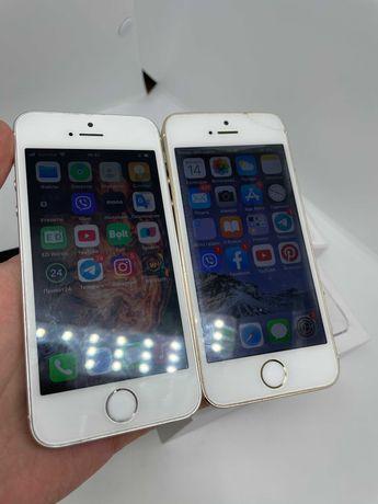 Iphone SE(2016) and 5S on 16 GB/2 айфона SE и 5S на 16 гб