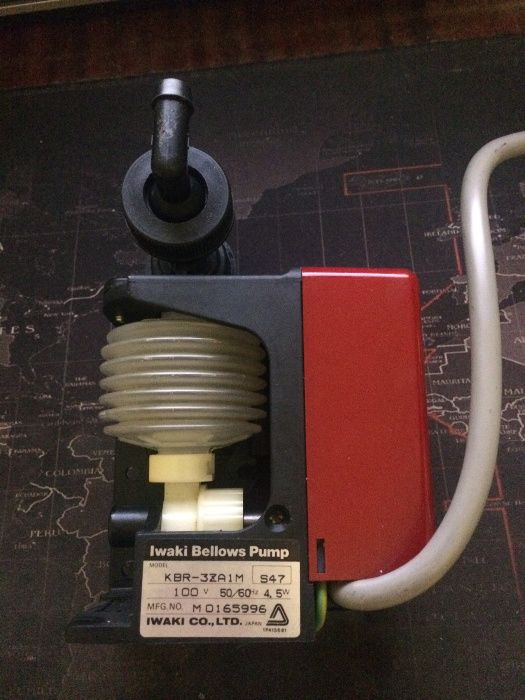 Циркуляционная сильфонная помпа/насос Iwaki KBR-3ZA1M
