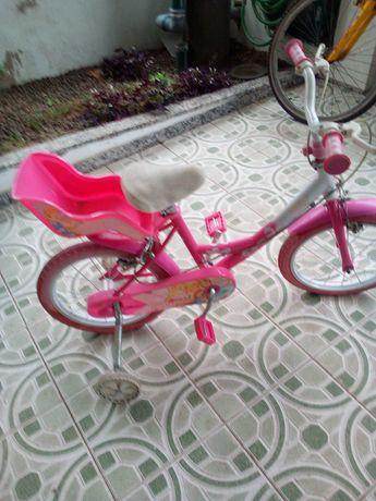 Bicicleta de menina.