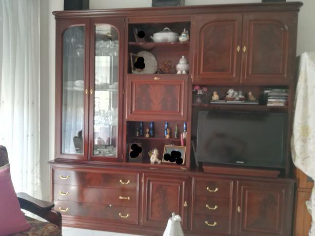 Movel sala para TV com cristaleira