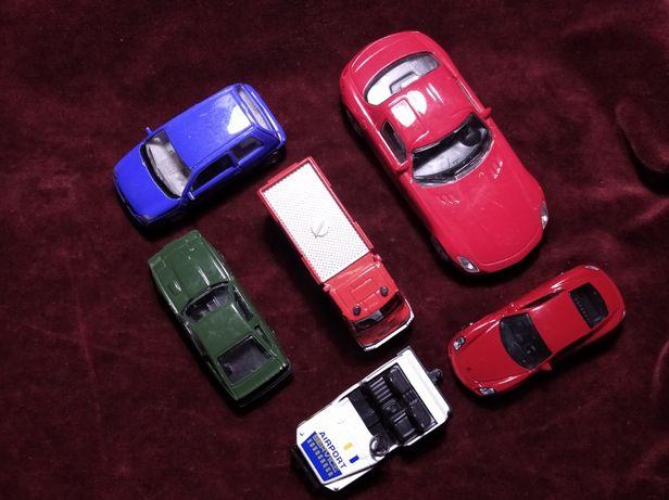 Модели автомобилей. Одним лотом.