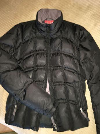 Пуховик чорний,теплий