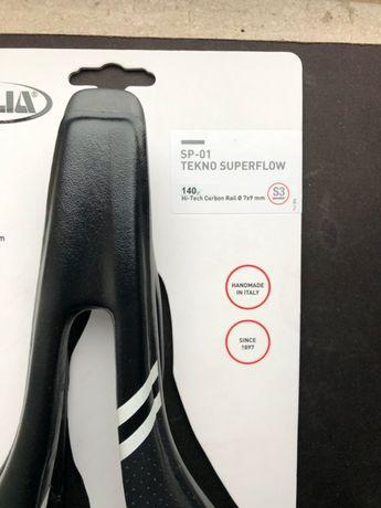 Siodło SELLE ITALIA SP-01 Techno Superflow S3