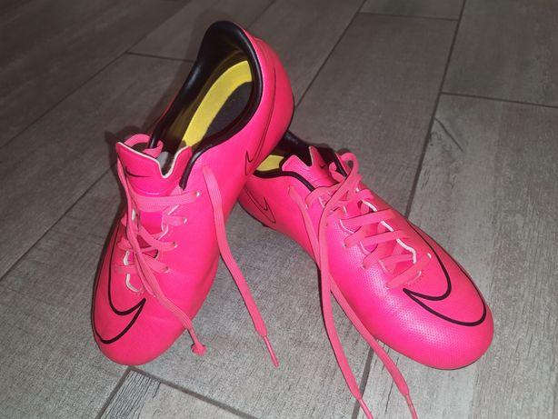 Бутсы 35.р. Nike