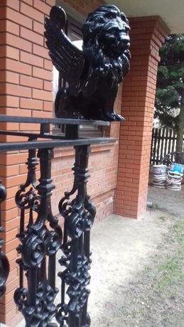 Barierki balkonowe żeliwne /STALOWE 83 SZTUKI