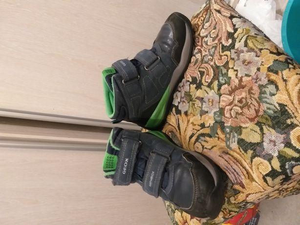 Продам ботинки GEOX 32 размер