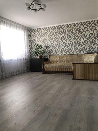 Квартира 3-х кімнатна по вул. Маяковського