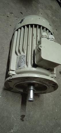 Silnik elektryczny dwubiegowy 1.5 / 2.2 kW 1450 / 2900 obr.