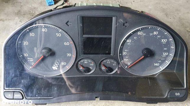 VW Golf V Plus 5m0 licznik zegary benzyna anglik