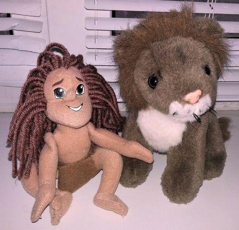 Мягкие игрушки фирменные Маугли и Лев. Отличное состояние и качество.