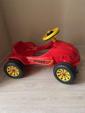 Педальная машина Herby