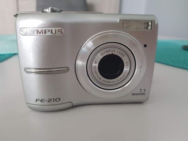Aparat cyfrowy Olympus FE-20