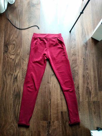 Bordowe spodnie z kieszeniami joggery eleganckie dresy