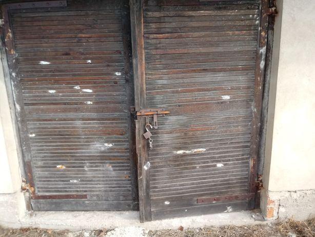 drzwi brama garażowa dzielona