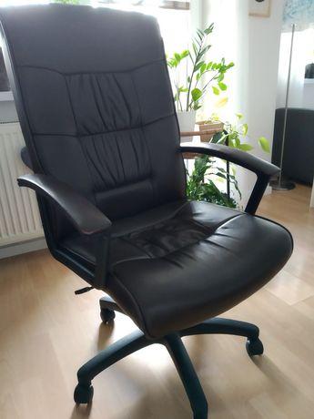 Fotel biurowy skórzany Relaks firmy Grospol