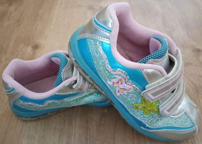 Sapatos - tamanho 26