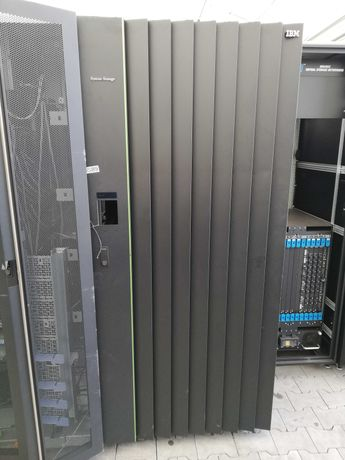 Szafy serwerowe Rack IBM
